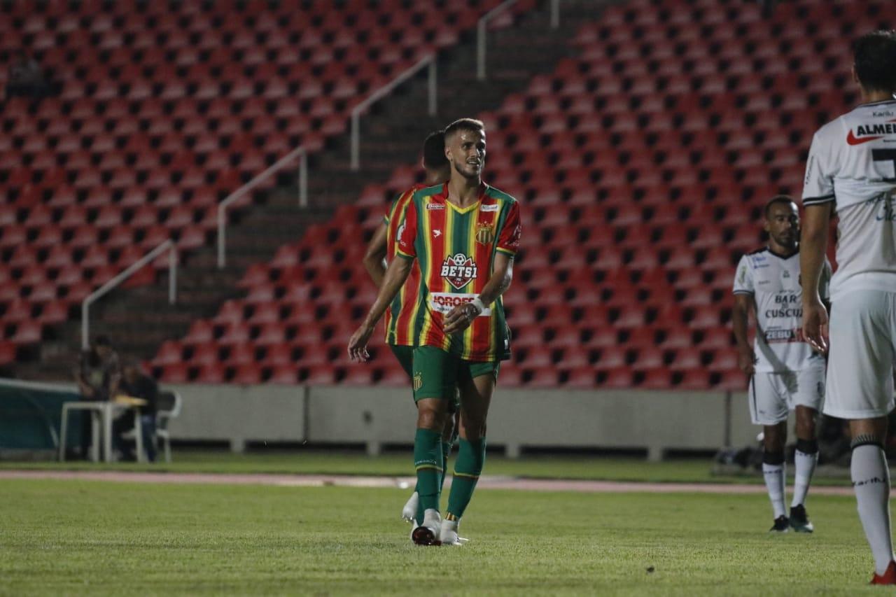 Jogador fez estreia pelo Sampaio Corrêa