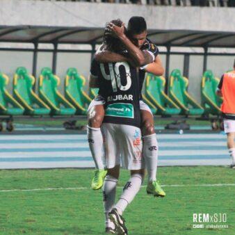 Zotti comemora gol pelo Remo na Série C
