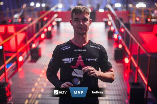 Device conquista segundo MVP de Major da carreira.