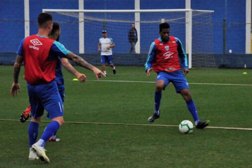 Avaí x Atlético-MG provável escalação clube catarinense Brasileirão