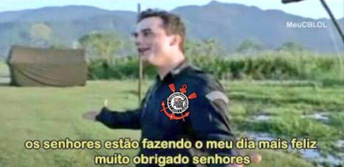 Vitória do Corinthians sobre o Bahia foi celebrada na web.