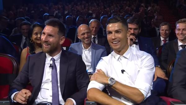 Messi e Cristiano Ronaldo são astros do futebol mundial e foram exaltados por Maradona.