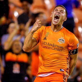 Mauro Manotas marca pelo Houston na MLS