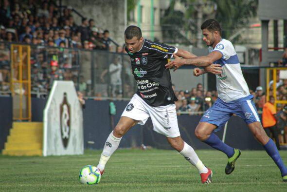 Neto Baiano foi titular contra o Atlético-AC – imagem: Samara Miranda/Ascom Remo