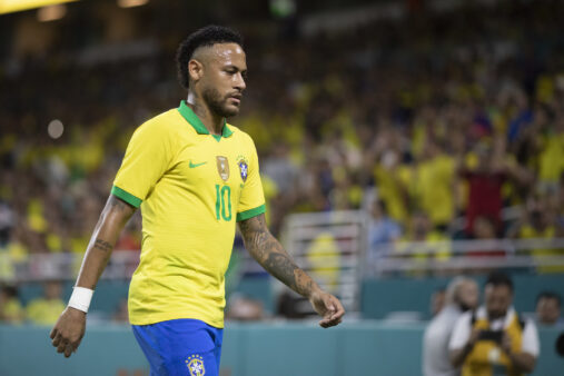 Neymar segue como referência no Brasil.