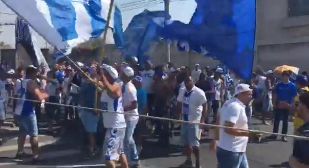 Torcida do Cruzeiro protestou novamente na sede do clube.