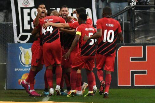 Athletico Paranaense x Flamengo provável escalação Furacão