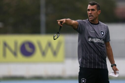 Escalação confirmada do Botafogo