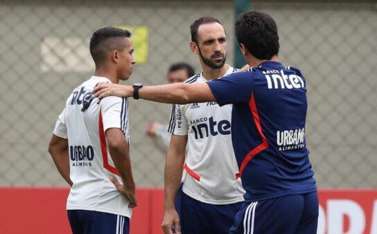 São Paulo se prepara para jogo contra o Corinthians