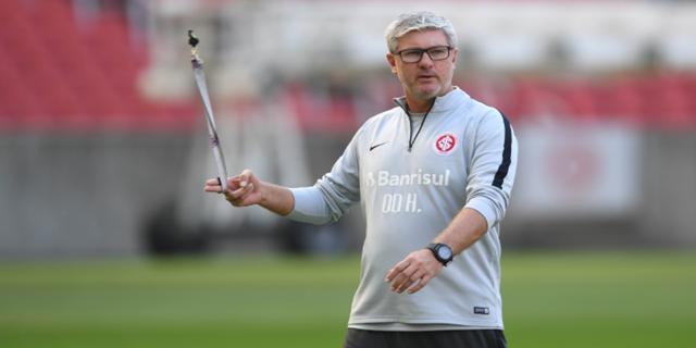 Odair foi mais um técnico de clube da Série A demitido em 2019