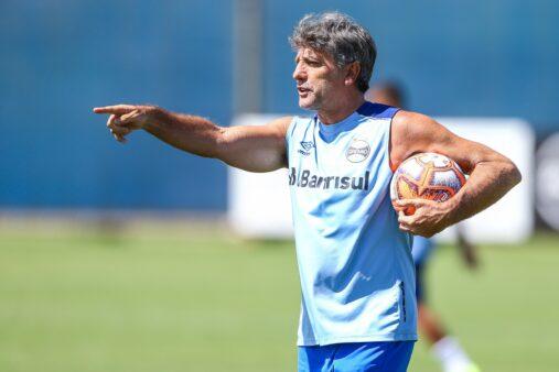 Renato Gaúcho mostrou faro de artilheiro em treino do Grêmio.