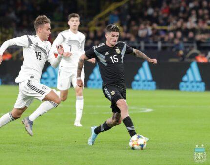 Scaloni elogia Argentina empate contra a Alemanha