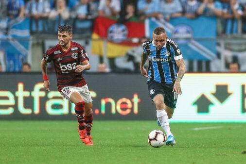 Grêmio e Flamengo duelam neste domingo (17) pelo Brasileirão.