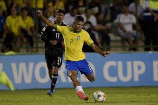 Veron foi incluído em seleção da América do Sul.