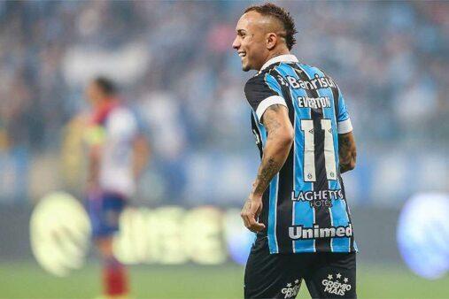 Everton Cebolinha pode deixar o Grêmio.