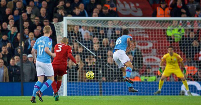 Fabinho em Liverpool x Manchester City