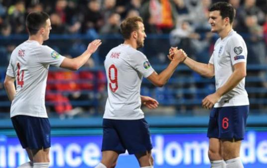Inglaterra x Montenegro