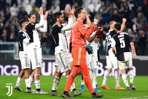 Juventus reduzirá salários do elenco.