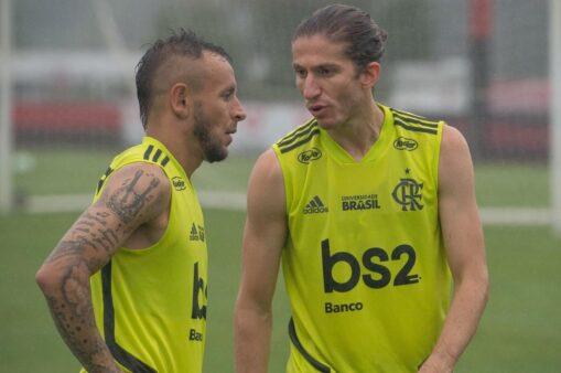 Rafinha e Filipe Luís estiveram juntos na Seleção