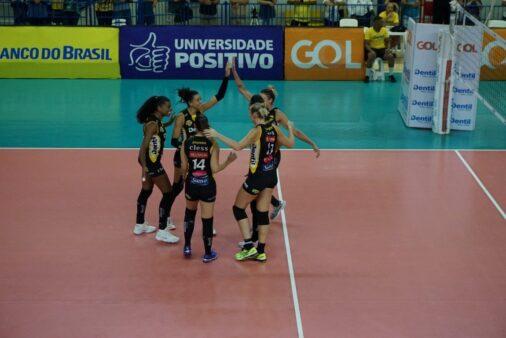 Praia x Bauru Superliga Feminina
