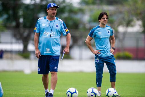 Recordista em rebaixamentos, Adilson Batista tenta salvar Cruzeiro de queda  à Série B
