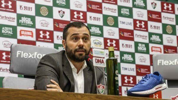 Mário, presidente do Fluminense, descarta acerto com Fred