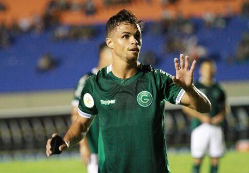 Michael acertou com o Flamengo após longas negociações.
