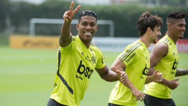 Orlando Berrío em ação pelo Flamengo