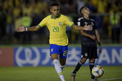 Lázaro, do Flamengo, foi o herói do título da seleção no Mundial Sub-17.