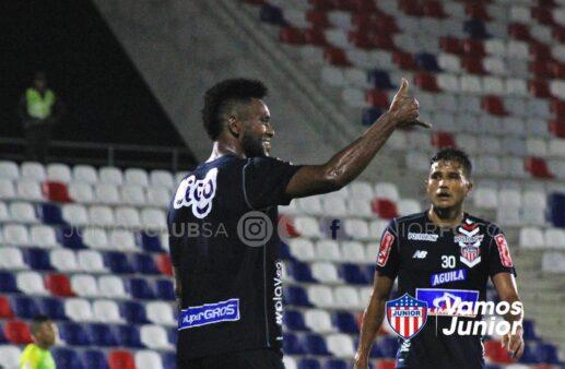 Emprestado pelo Palmeiras, Borja brilha com gols e assistência em goleada do Junior Barranquilla
