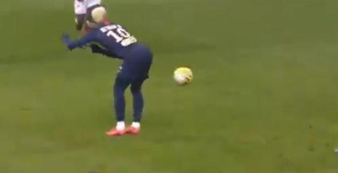 Neymar em Reims x PSG