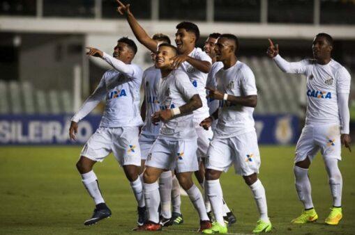 Time do Santos B na temporada de 2018 (Foto: Pedro Ernesto Guerra Azevedo/ Santos FC)