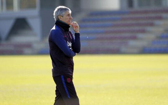Setién falou sobre a necessidade do Barcelona contratar um centroavante.