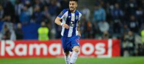 Obrigado a vender jogadores pelo fair play financeiro, Porto pode negociar Alex Telles com Juventus