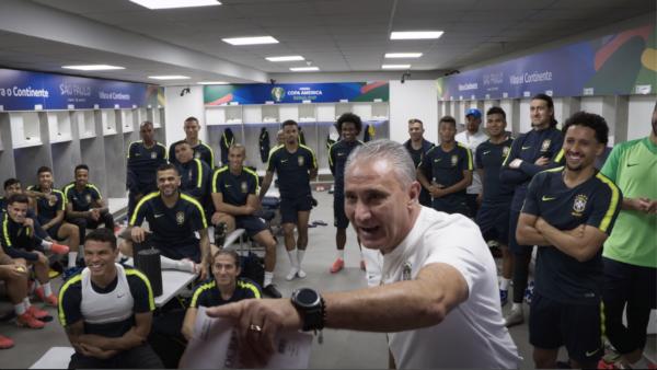 Tite não hesitou em falar sobre medo na profissão e pressão de cargo na Seleção Brasileira