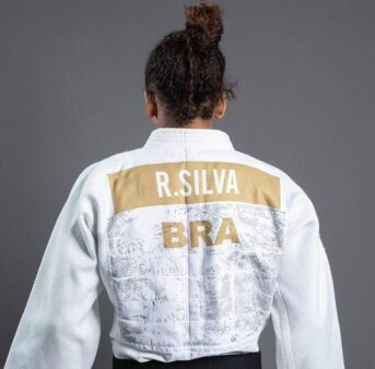 """Ex-judoca sai em defesa de Rafaela Silva: """"Que a justiça seja feita """""""