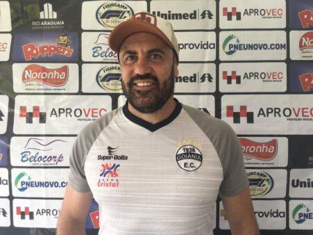 Finazzi terá a primeira oportunidade como treinador do Goiânia