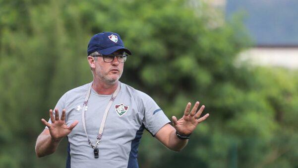 Figueirense e Fluminense se enfrentam com transmissão AO VIVO