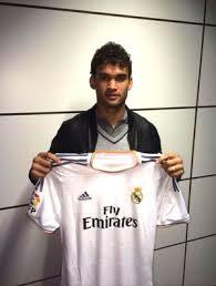 Willian Jpsé apresentado ao Real Madrid