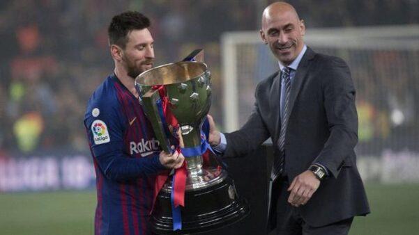 """Após eliminações de Real e Barcelona, o presidente da federação espanhola dispara: """"Acertamos na mudança do formato da taça"""""""