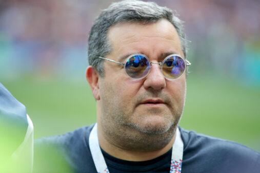 Mino Riola criticou o mecanismo de transferências da FIFA