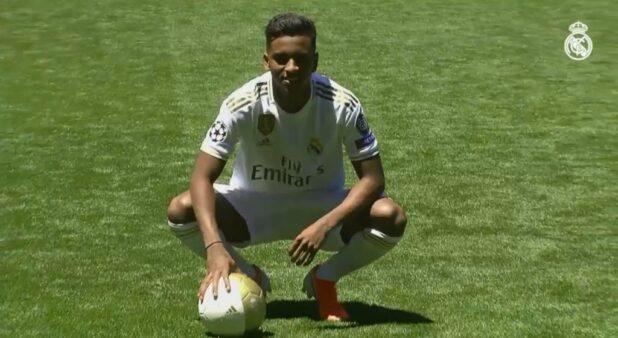 Rodrygo permanece fora do Real Madrid