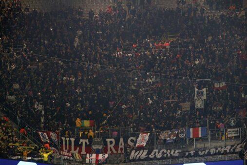 Torcedores do PSG foram barrados na Alemanha.