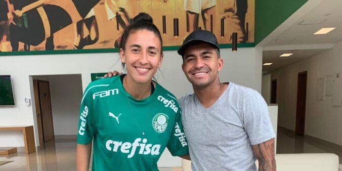 Ottilia publica foto ao lado de Dudu e torcedores do Palmeiras pedem vitória no dérbi feminino