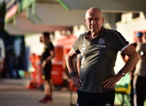 Jesualdo Ferreira, técnico do Santos (Reprodução/ Facebook oficial Santos FC)