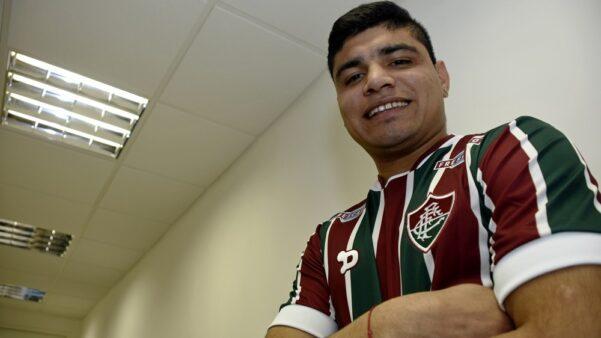 Meia argentino jogou no Fluminense em 2016