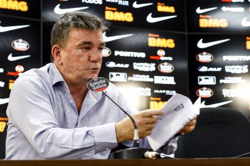 Para Vitor Guedes, a parada por conta do coronavírus deve ser usada para a diretoria do Corinthians resolver, por exemplo, se Tiago Nunes é a opção ideal.