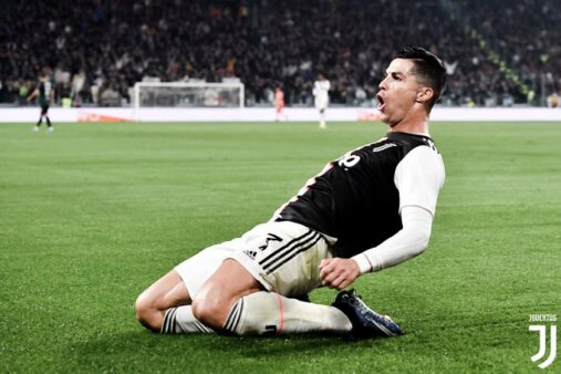 Cristiano Ronaldo está disposto a reduzir salário por causa do coronavírus, segundo o jornal italiano Tuttosport