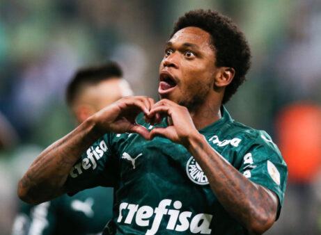 Luiz Adriano em Palmeiras x Guaraní
