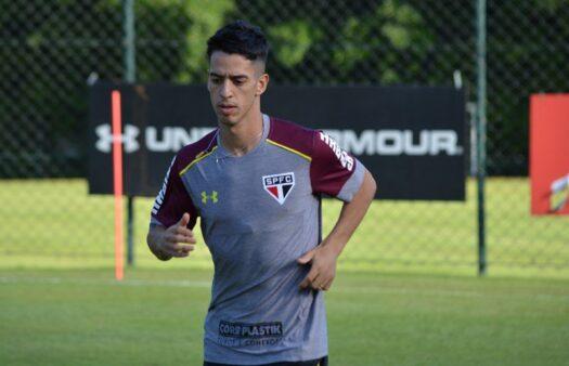 Thomaz se despediu do São Paulo nesta terça-feira